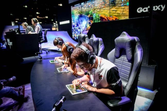 Mobile Games as Esports
